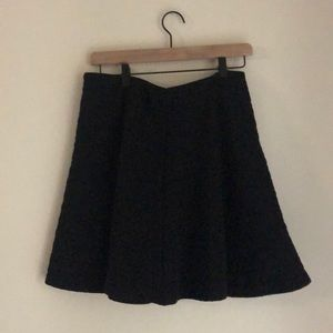 Black quilted Gap skirt.